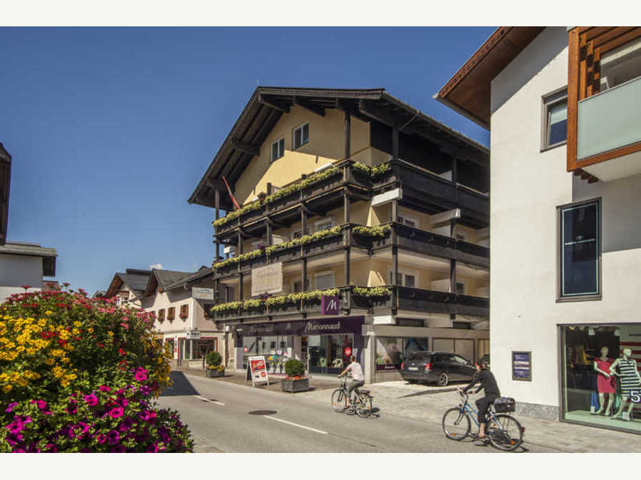 Panoramahotel Garni*** in St. Johann in Tirol